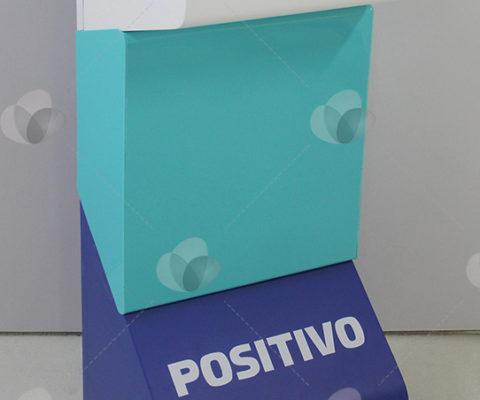 PDV com Detalhes em Acrílico