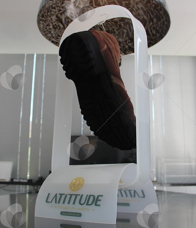 Expositor para sapatos em Acrílico - Trade Marketing