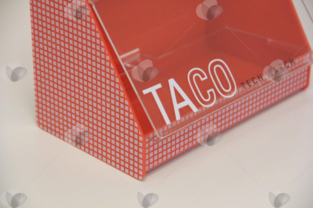 Expositor em acrílico para marca Taco