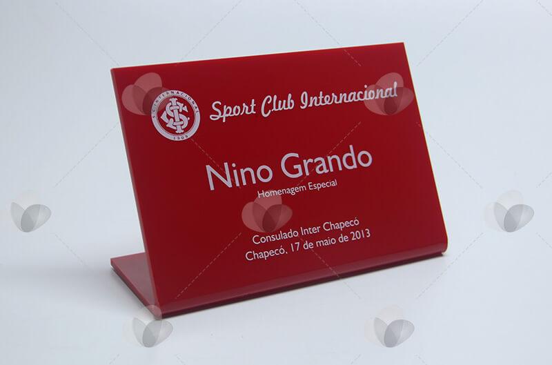 Placa de menção honrosa, troféu de acrílico vermelho personalizado com serigrafia branca