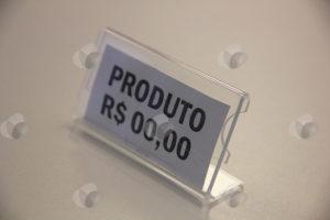 Display porta etiquetas em acrílico para identificação de preços de produtos