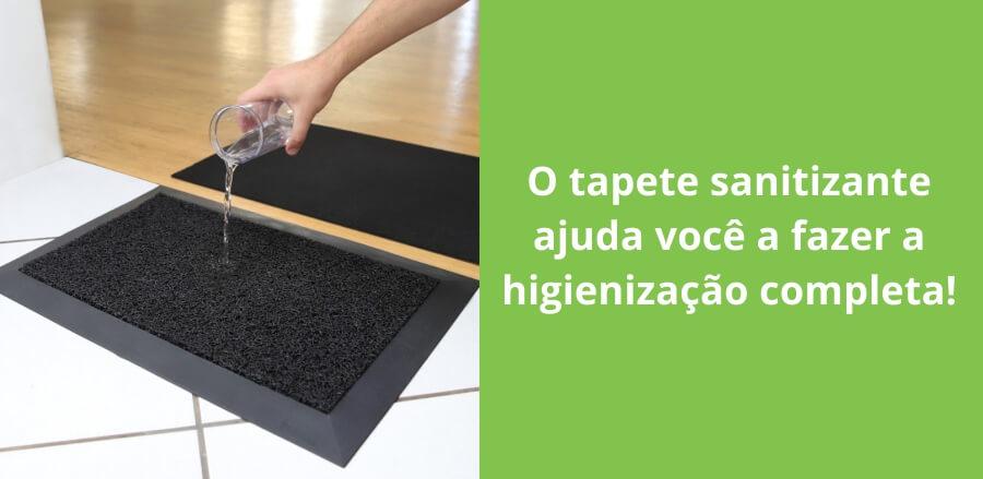 Tapete sanitizante para portas de escolas na retomada das aulas.